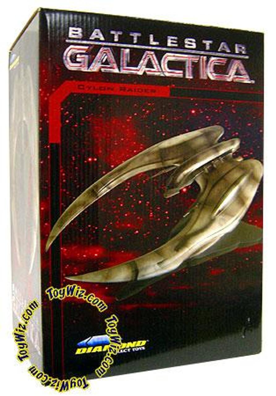 Battlestar Galactica Cylon Raider Statue