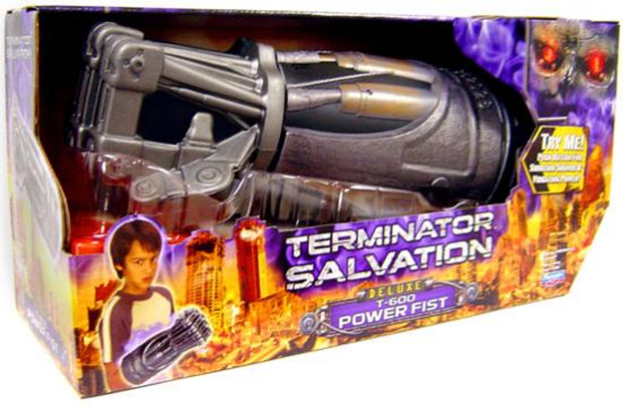 Terminator Salvation Deluxe T-600 Power Fist Roleplay Toy