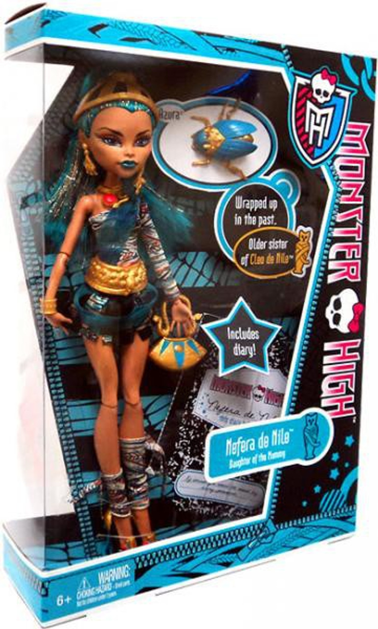 Monster High Nefera de Nile with Azura 10.5-Inch Doll