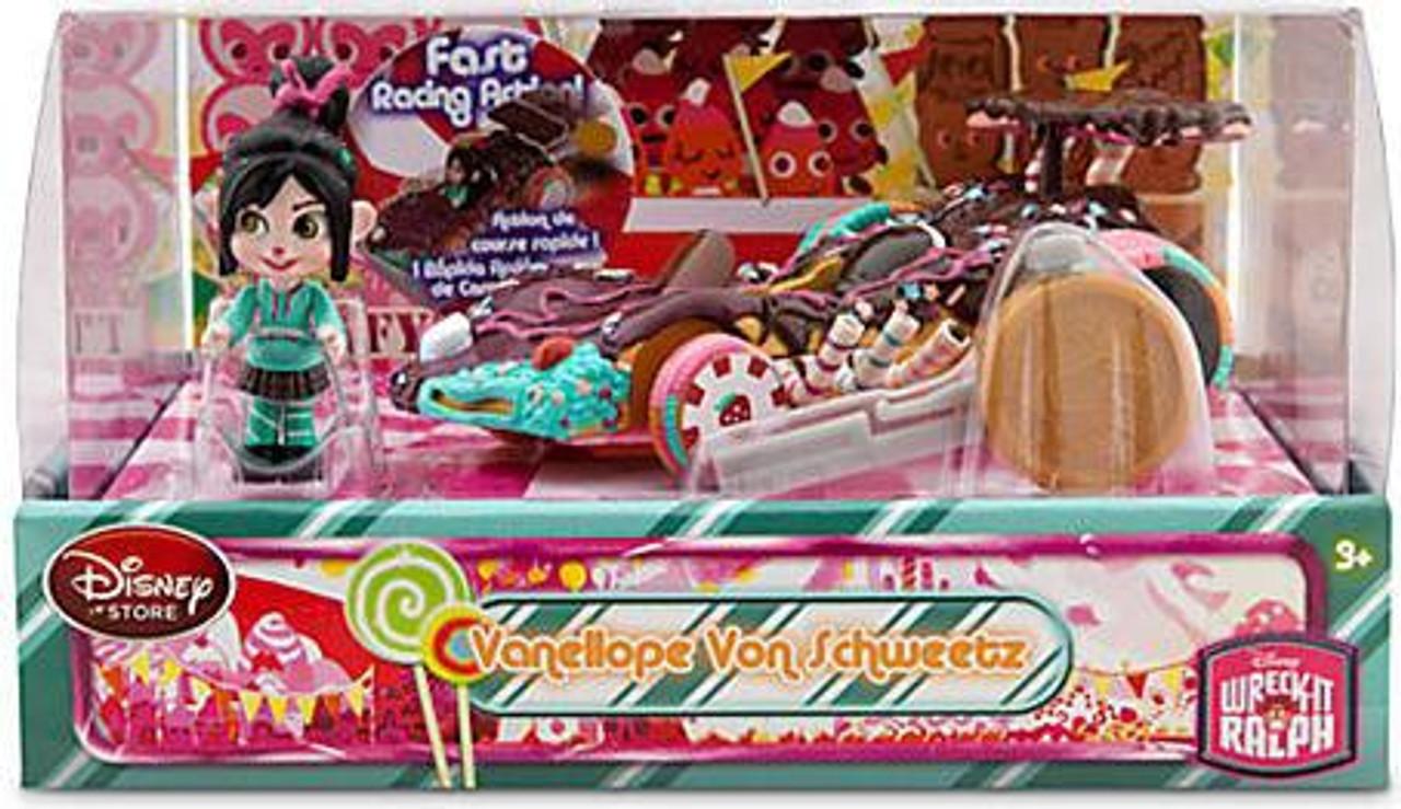Disney Wreck-It Ralph Sugar Rush Racer Vanellope Von Schweetz Exclusive Figure Set
