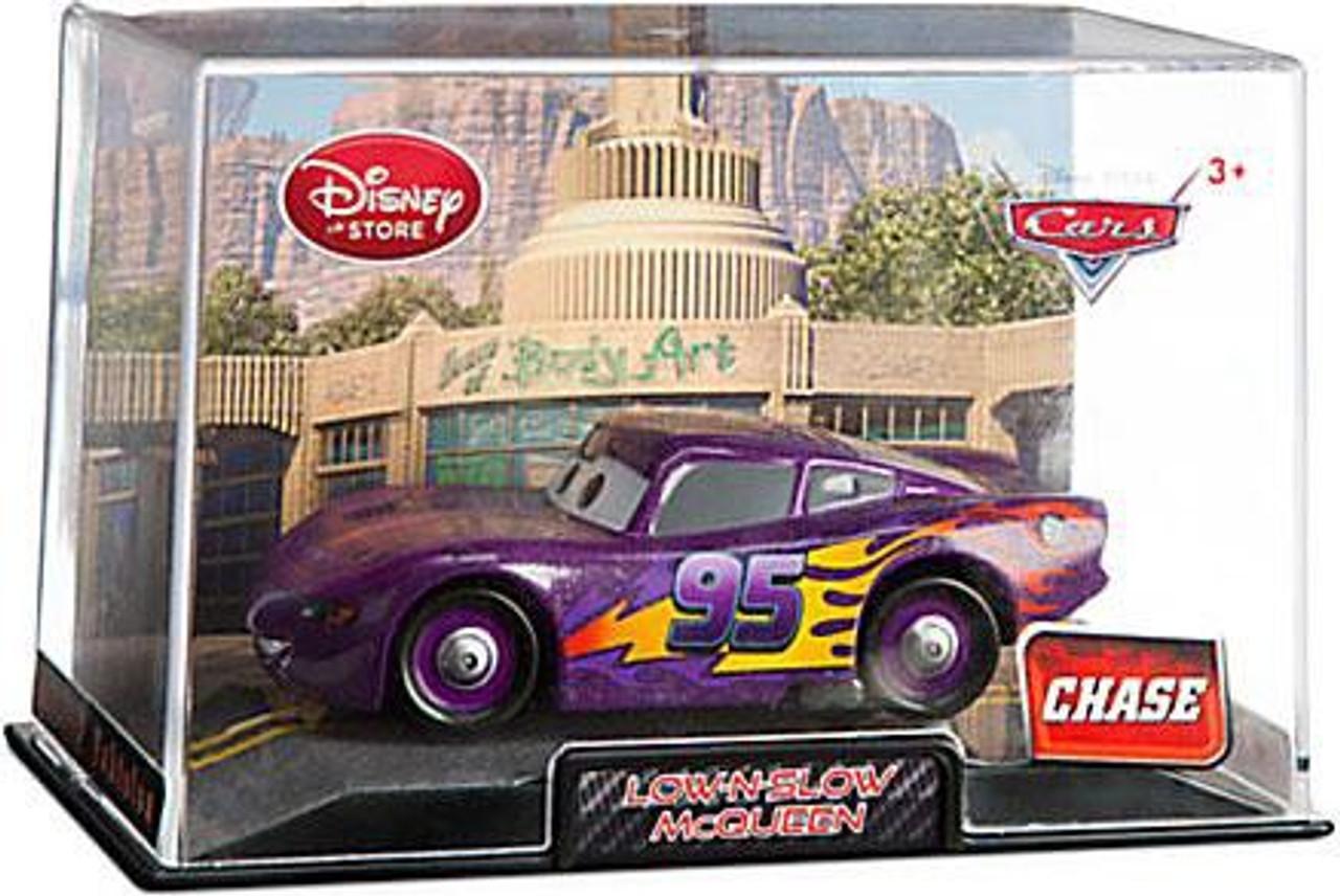 Disney Cars Cars 2 1:43 Collectors Case Low-N-Slow McQueen Exclusive Diecast Car