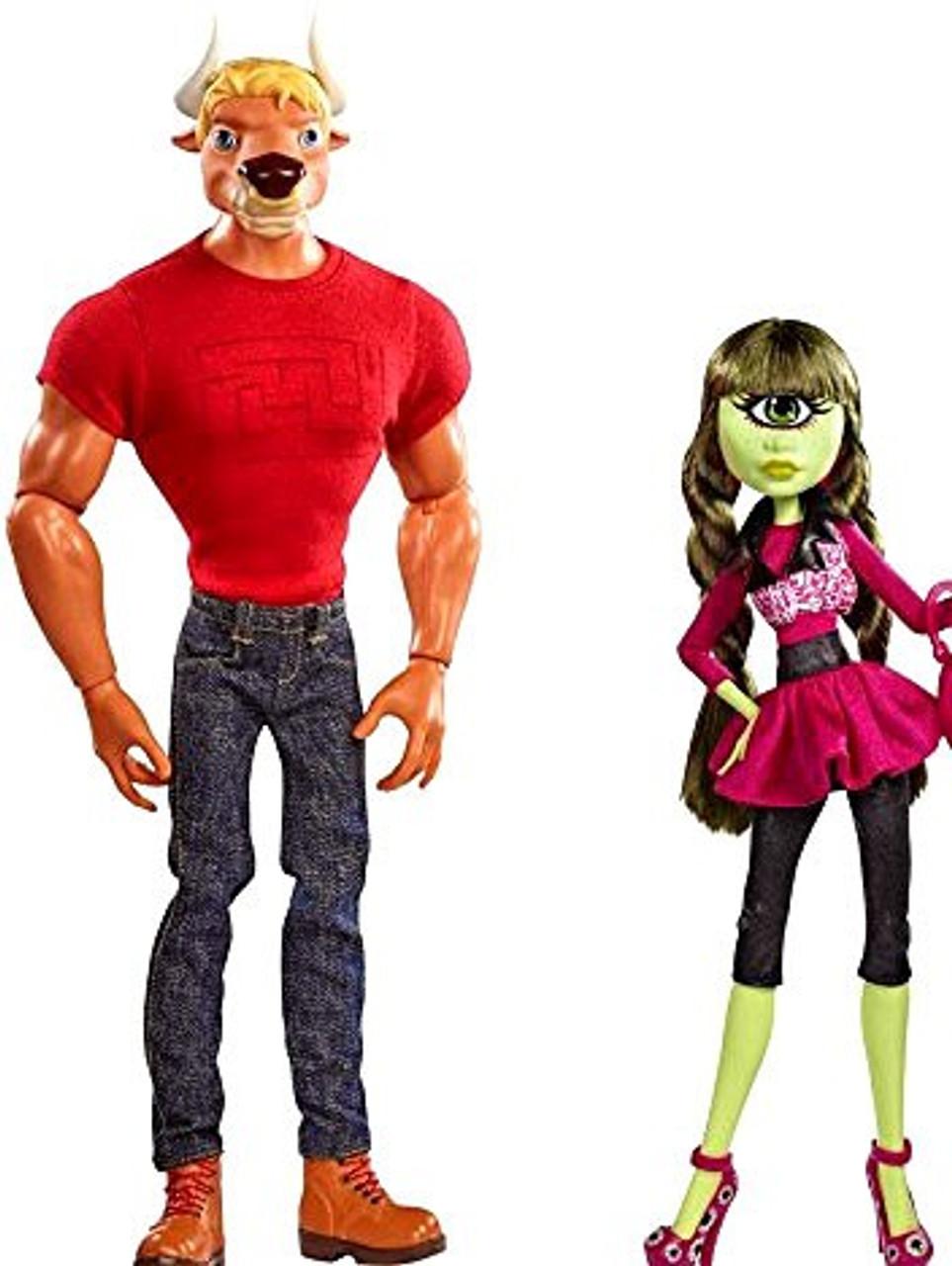 Monster High Manny Taur & Iris Clops Exclusive 10.5-Inch Doll Set