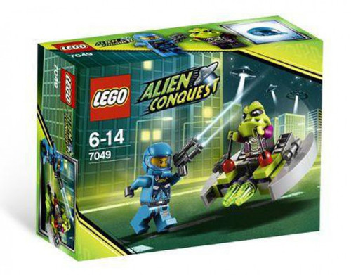 LEGO Alien Conquest Alien Striker Set #7049