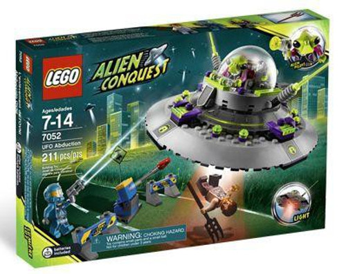 LEGO Alien Conquest UFO Abduction Set #7052