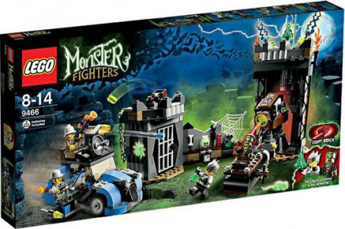 LEGO Monster Fighters Crazy Scientist & His Monster Set #9466