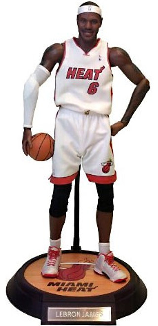 NBA Miami Heat Masterpiece LeBron James 1/6 Collectible Figure