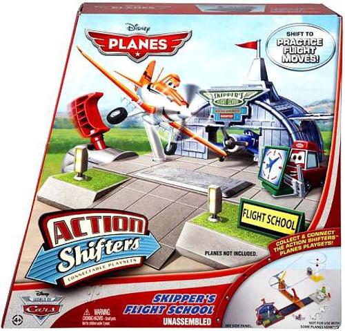 Disney Planes Action Shifters Skipper's Flight School Playset