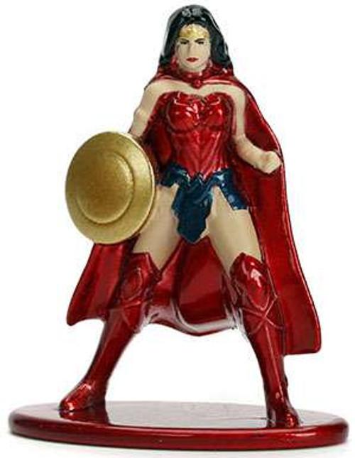 DC Nano Metalfigs Set of 2 Die-Cast Metal Figures Supergirl /& Wonder Woman