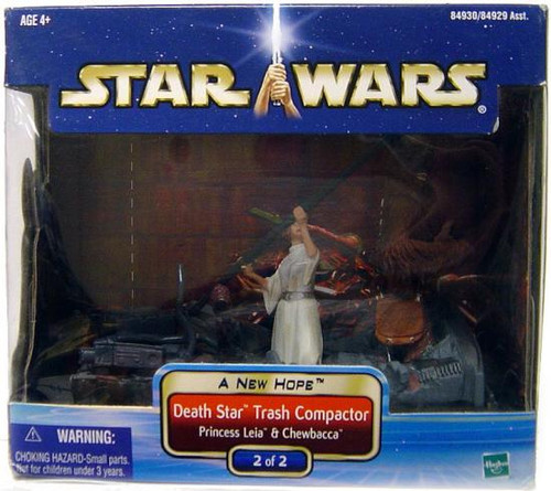 Star Wars A New Hope Saga 2002 Death Star Trash Compactor Action Figure #2 of 2 [Princess Leia & Chewbacca]