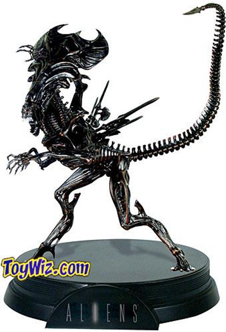Aliens Signature Series Alien Queen Statue [Damaged box]
