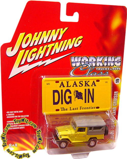 Johnny Lightning Working Class Trucks & SUVs 1980 Toyota Land Cruiser BJ-44 Diecast Car
