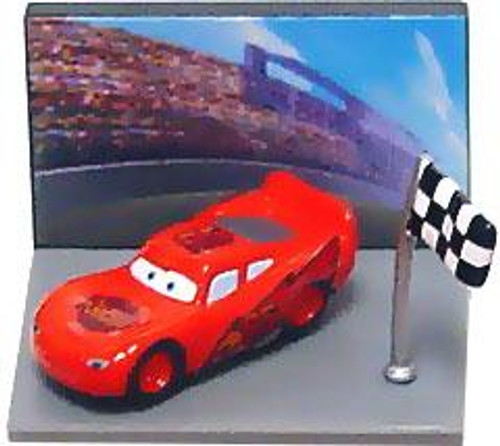 Disney Cars Gacha Micro Figures Lightning McQueen PVC Figure [Flag]