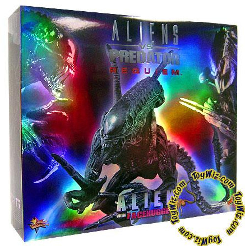 Aliens vs Predator Requiem Movie Masterpiece Alien with Facehugger 1/6 Collectible Figure