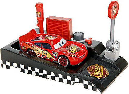 Disney Cars Pit Row Race-Off Lightning McQueen No. 95 Diecast Car [Includes Launcher]