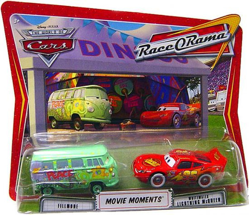 Disney Cars The World of Cars Movie Moments Fillmore & Whitewalls Lightning McQueen Diecast Car 2-Pack