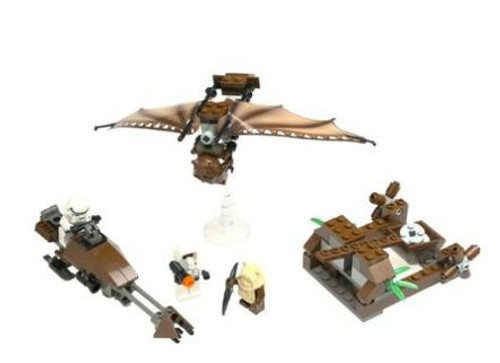 LEGO Star Wars Loose Ewok Attack Set #7139 [Loose, No Minifigures]