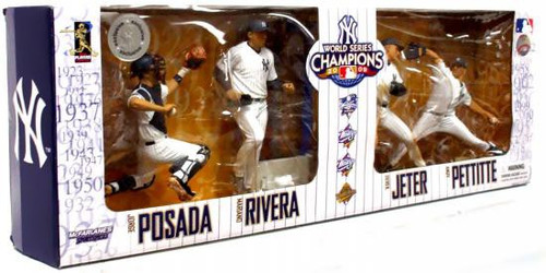 McFarlane Toys MLB Sports Picks Exclusive New York Yankees 2009 World Series Champions Exclusive Action Figure 4-Pack