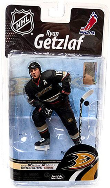 McFarlane Toys NHL Anaheim Mighty Ducks Sports Picks Series 26 Ryan Getzlaf Action Figure [Black Jersey]