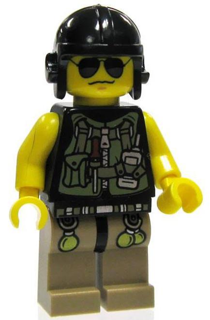 LEGO Dino Attack Loose Dino Hunter Utility Expert Minifigure [Loose]