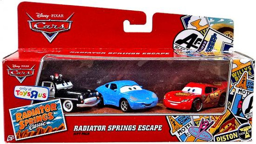 Disney Cars Radiator Springs Classic Radiator Springs Escape Gift Pack Exclusive Diecast Car Set