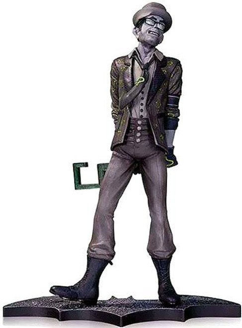 Batman Arkham City The Riddler 10-Inch Statue