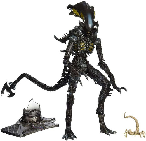 Colonial Marines Play Arts Kai Alien Spitter Action Figure