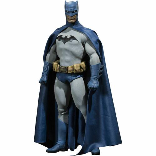 DC Batman 1/6 Collectible Figure
