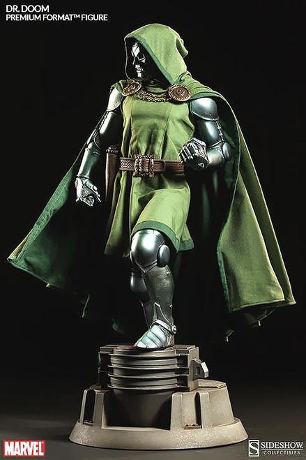 Marvel Premium Format Dr. Doom Statue