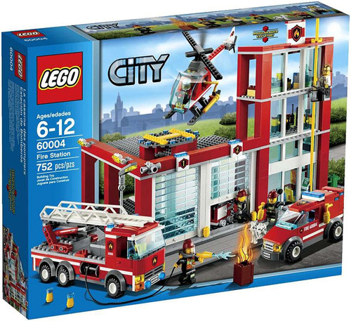 LEGO City Fire Station Set #60004 [Damaged Package]