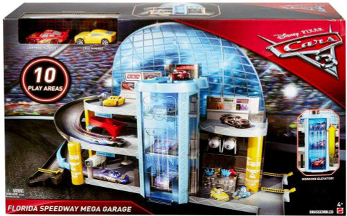 Disney Cars Cars 3 Florida Speedway Mega Garage Playset