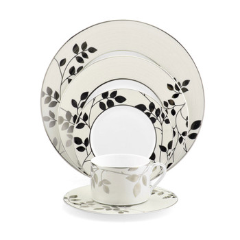 Mikasa Naomi Dinnerware Set (Service for 12) (K125109197)