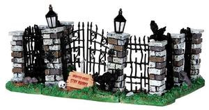 34606 - Spooky Iron Gate and Fence, Set of 5  - Lemax Spooky Town Halloween Village Accessories