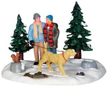 33009 - Winter Stroll  - Lemax Christmas Village Table Pieces