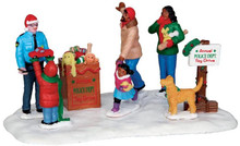43075 - Toy Drive  - Lemax Christmas Village Table Pieces