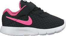 Nike 818386-061: Girl's Tanjun Black/Hyper Pink/White Sneaker