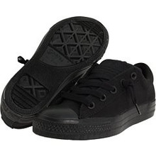 Converse Boy's Chuck Taylor All Star Street Ox Shoe, black, Little Kid
