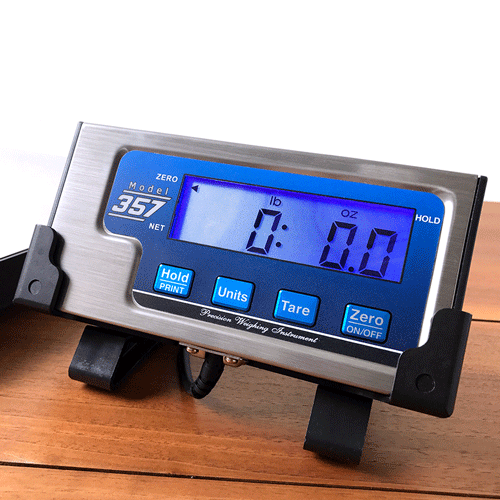 Model 357 tournament fishing scale weighing in lbs and ounces mode