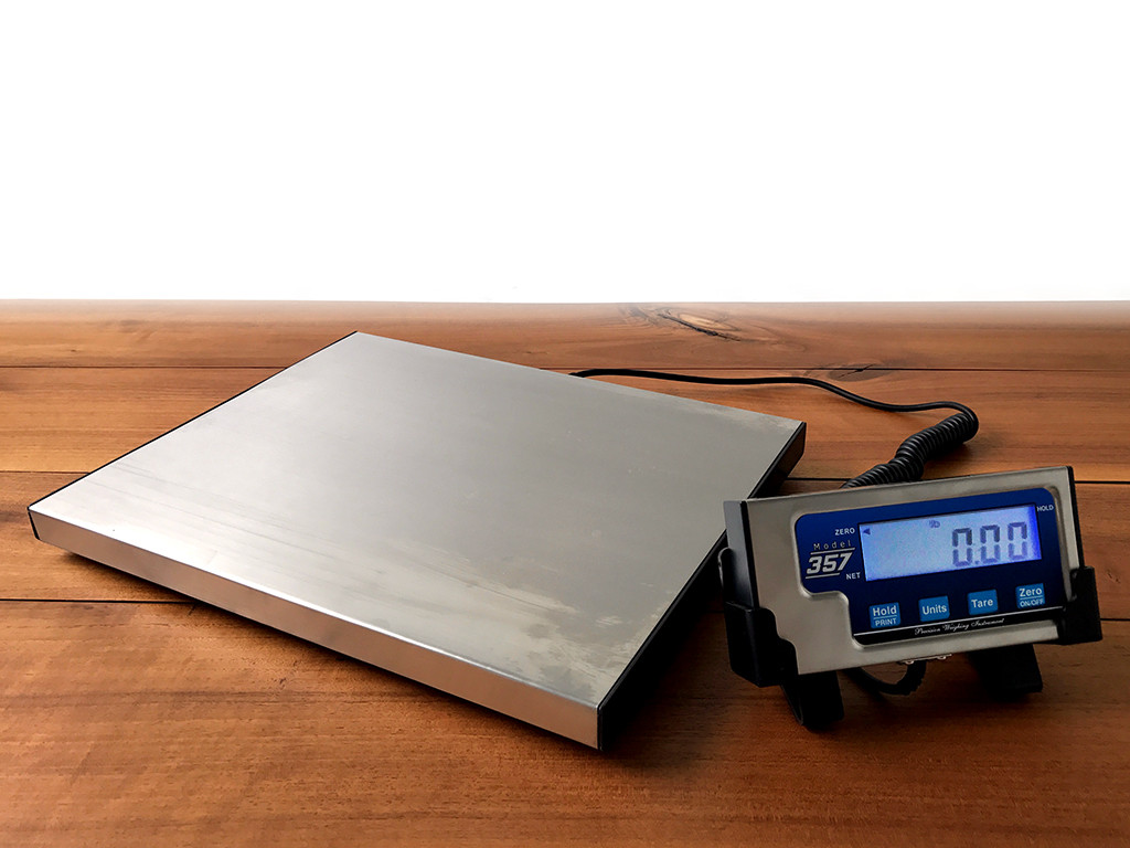 Model 357 Tournament scale for fishing tournaments for bass fishing, walleye fishing, catfish fishing, ice fishing and all types of recreational fishing that needs a great set of scales to weigh your fish.