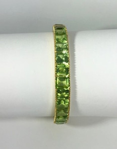 Estate 18kt Yellow Gold Peridot Bangle Bracelet 29ctw.