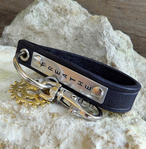 Black Leather Key Holder with Gear Charm-Personalizable-BREATHE