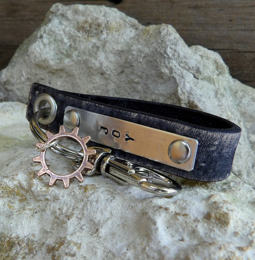 Distressed Black Leather Key Chain with Gear Charm-Personalizable-JOY