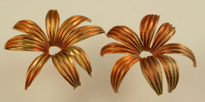 Vintage Corrugated Flower Bead Stampings +/-45mm