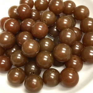 Vintage Lucite Mocha Smooth Round Beads 12mm
