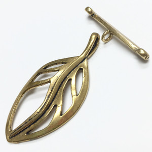 Brass Floating in the Breeze Leaf Toggle