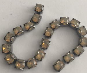 Swarovski Crystal Gunmetal CATCH-FREE Cup Chain - Sand Opal - 32pp