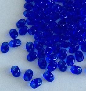 SuperDuo 2 x 5mm 2 hole beads - Sapphire