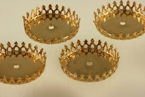 Vintage Pierced Crown Flat Back Bezel Setting - 26mm