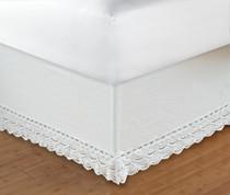 "Crochet Bedskirt Queen - 18"" DROP"