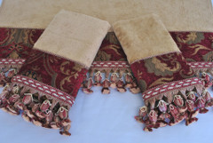 China Art Red Embellished 3pc Towel SET