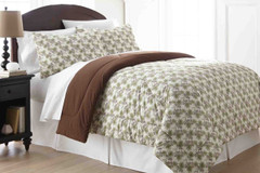 Micro Flannel - 3pc F/QUEEN Comforter Set - Pinecones from Shavel